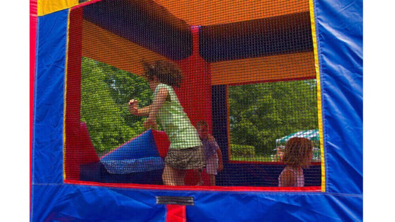 Bounce house rentals slider Photo 05